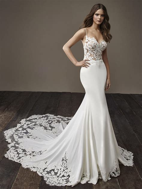 Badgley Mischka  Designer Wedding Dresses. Famous Wedding Dress Images. Affordable Classic Wedding Dresses. Wedding Dresses Plus Size Us. Beach Wedding Dresses The Knot. Blush Wedding Dress To Buy. Vera Wang Wedding Dresses Under 1500. Boho Wedding Dresses Cheap Uk. Backless Wedding Dresses Brisbane