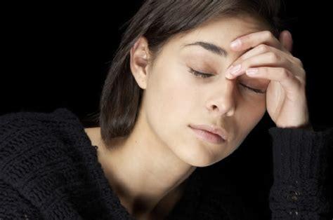 Augenschmerzen  Ursachen in der Umgebung des Auges