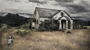 La melancólica belleza de las casas abandonadas alrededor ...