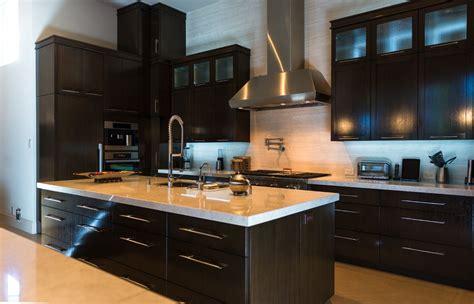 cuisine bois massif meuble cuisine moderne en bois sellingstg com