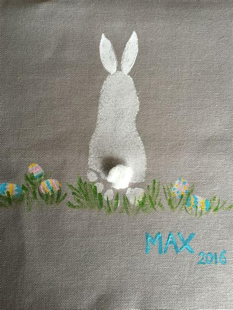 easter bunny  footprint  fingerprints  eggs