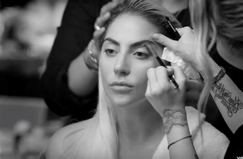 Lady Gaga Sort Le Clip De Million Reasons