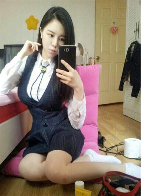 '섹시 한가인 고두림 단추 터질 듯한 교복패션 '깜짝