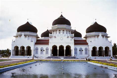 masjid termegah  dunia islam rahmatan lil alamin