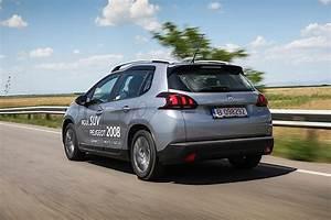 Peugeot 2008 2 : driven 2016 peugeot 2008 1 2 puretech autoevolution ~ Medecine-chirurgie-esthetiques.com Avis de Voitures