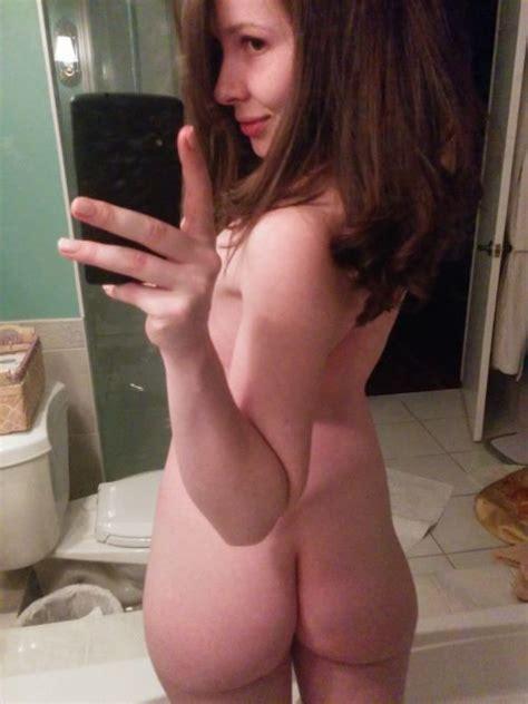 Amateur Brunette Ass Selfie Xxx Lelamorgan