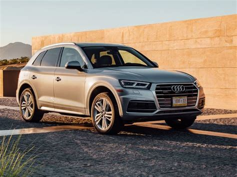 Review 2018 Audi Q5 Suv Fights A Battle Of Inches
