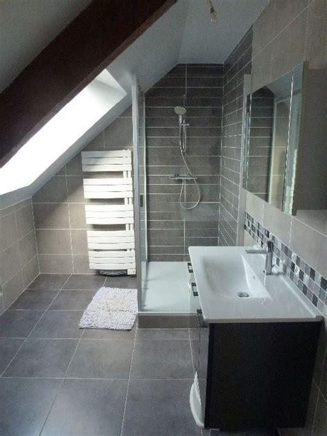 salle de bain dans chambre sous comble réfection d 39 une salle de sous comble réalisation