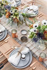 Simple, And, Charming, Thanksgiving, Table, Decorating, Ideas