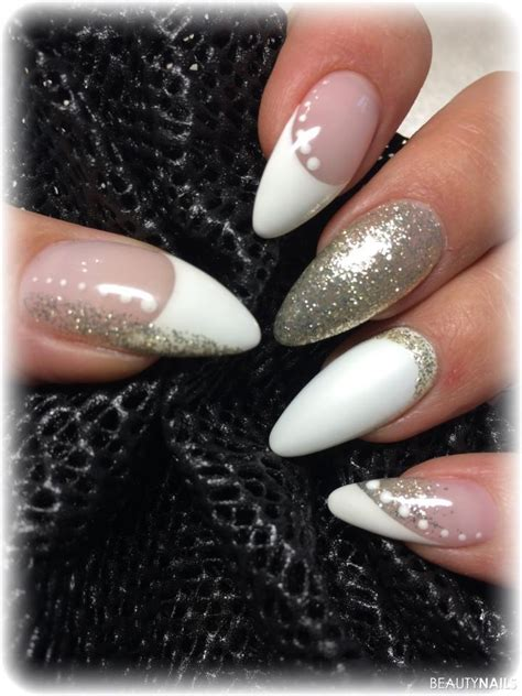 gold trend naegel mit nageldesign nailart