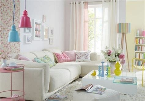 20 Living Rooms With Beautiful Pastel Colors