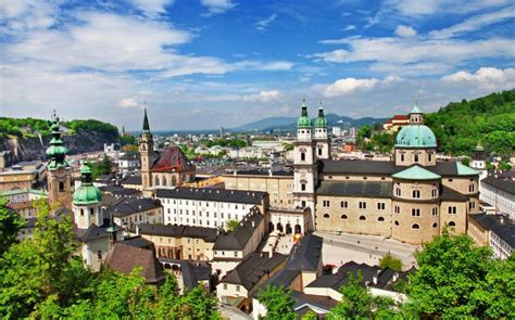 Salzburg Bans Begging Across The City