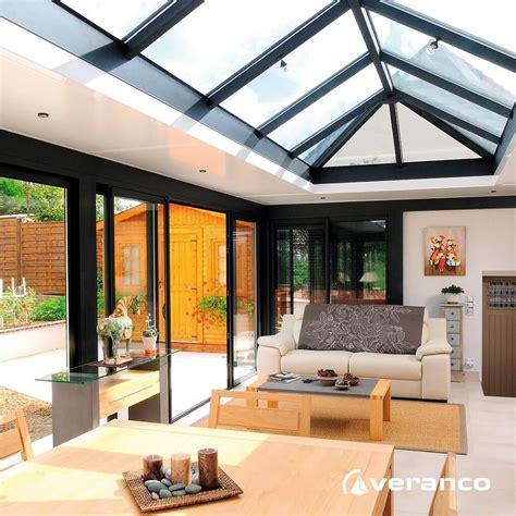 agrandissement cuisine sur terrasse véranda toiture plate extension de maison à toit plat