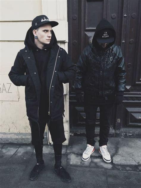 Men Fashion Guide Wearing All Black