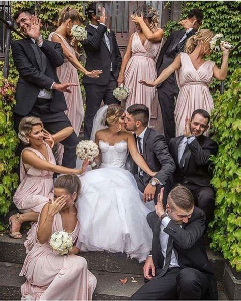 Cute Pic With Bridesmaids And Groomsmen Weddings
