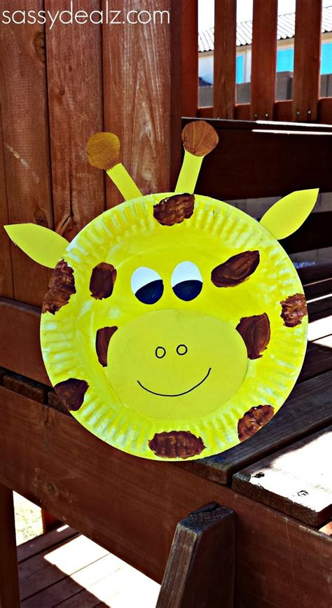 best 25 giraffe crafts ideas on diy nails 558 | 66163b8cd58f54f35ce431281ca33638 craft kids preschool crafts