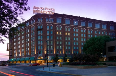hotels nearby guest services intrust bank arena