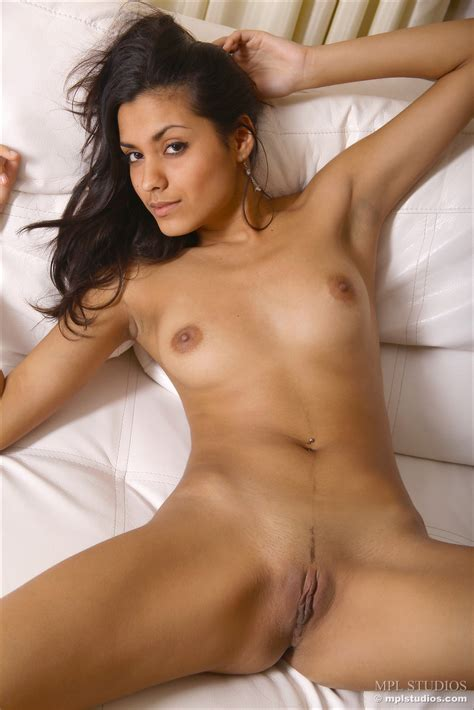 Exotic Nude Bianca By Mpl Studios Erotic Beauties