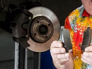 Changer Les Plaquettes : changer ses plaquettes de frein moto en 11 tapes toutes simples le blog ~ Maxctalentgroup.com Avis de Voitures