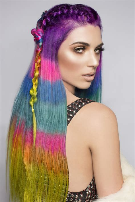 color block hair the color blocked hair dye trend takes rainbow hair to the