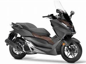 Honda 125 Scooter : 2018 honda forza 125 specs price and reviews scooter specs ~ Medecine-chirurgie-esthetiques.com Avis de Voitures
