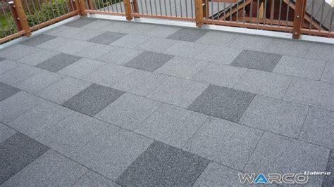 Outdoor Patio Flooring Over Concrete by Carrelage Terrasse Dalle En Caoutchouc Warco