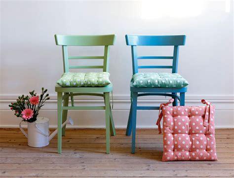 customiser une chaise 5 idées pour customiser une chaise réaliser une chaise