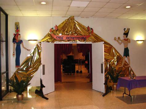 8 Ball Home Decor : Mardi Gras Ball Decorations