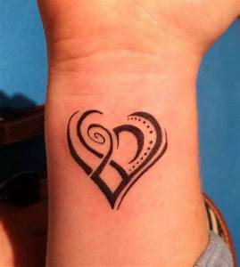 Pics For > Heart Tattoos For Girls On Wrist