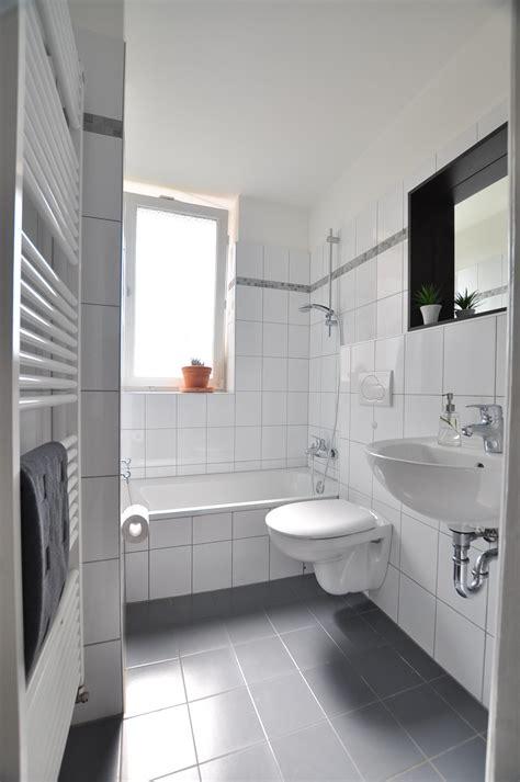 Badezimmer Fliesen Weis by Graue Fliesen Bilder Ideen Couchstyle