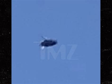 Possible UFO Sighting in Long Beach, Zooms By at Lightning ...
