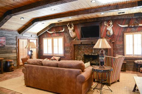 Farmhouse   Rustic   Living Room   birmingham   by