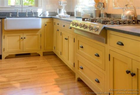 yellow kitchen sink 118 best yellow kitchens images on yellow 1220