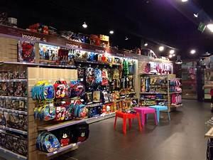 Magasin Deco Lille : king jouet magasin de jouets 80 rue de paris centre lille yelp ~ Nature-et-papiers.com Idées de Décoration