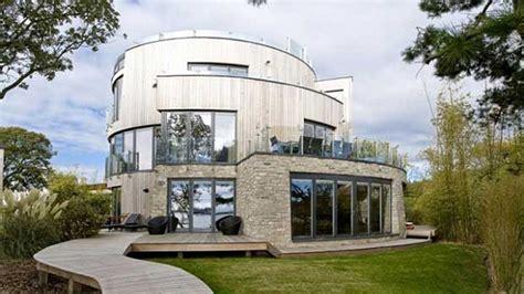 most futuristic house these are the 10 smartest most futuristic homes around the world gizmodo australia