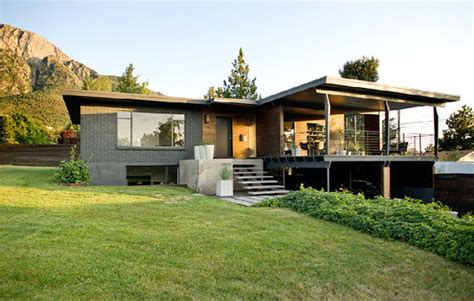 photos and inspiration rustic house plans casa con interiores modernos sobrios y elegantes