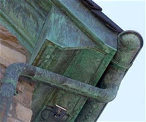 Grünspan Kupfer Entfernen by Kupferdachrinne Dachrinne Montieren