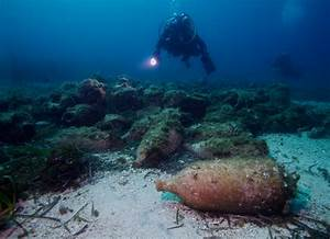 The three lives of the Stavros amphorae - Underwater ...