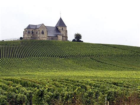 french champagne vineyards added  unescos world