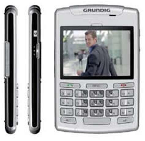smartphones with fm radio grundig b700 smartphone with fm radio