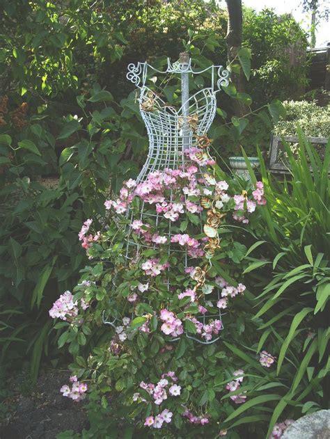 wire dress form    trellisgreat  ur  dawn