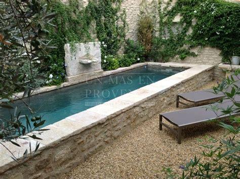 swimming pool ideas maison de avec piscine et cour int 233 rieure dans le luberon great