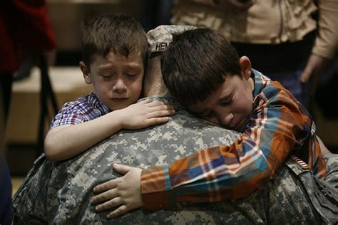 heartwarming   soldiers  reunited