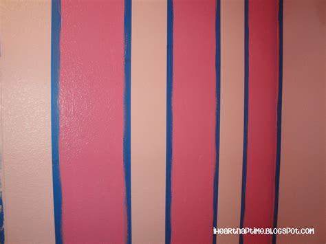 Streifen Auf Wand Malen by How To Paint Stripes On The Wall I Nap Time
