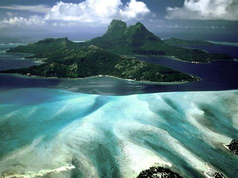 Spectacular French Polynesia — Yacht Charter & Superyacht News