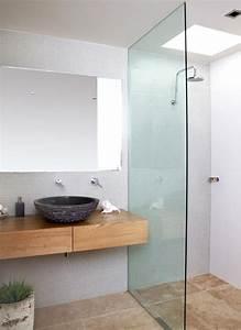 Wandfliesen Bad Weiß : bad waschtisch holz mit aufsatzwaschbecken aus naturstein ~ Michelbontemps.com Haus und Dekorationen