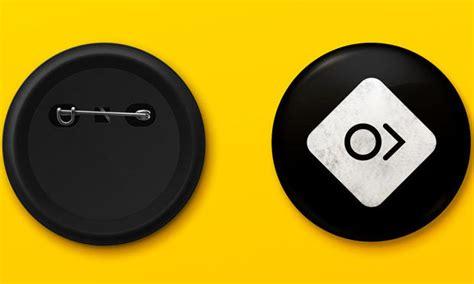 pin button badge mockups psd  design