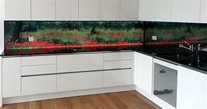 Hinterleuchtete kuchenwand aus glas homogen beleuchtet for Küchenwand glas