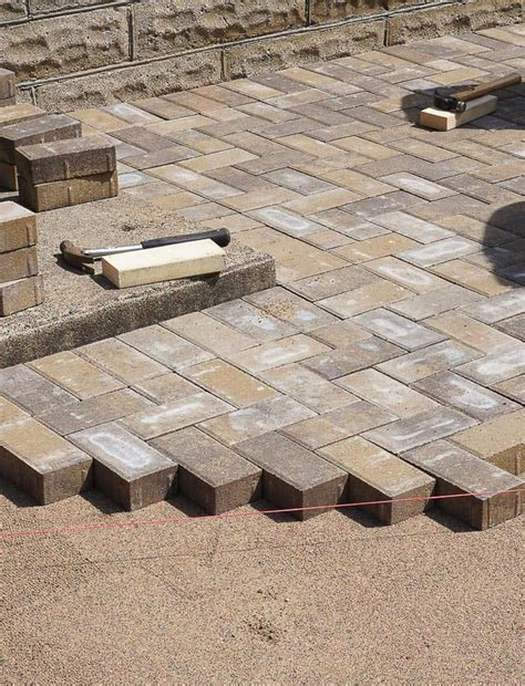 diy how to lay a level brick paver patio corner