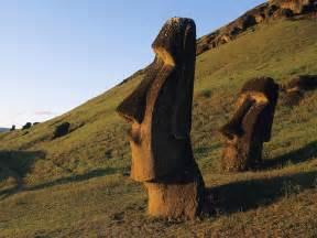 Easter+Island+Chile Moai_Statues_Easter_Island_Chile.jpg Easter Island (Chile)